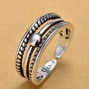 Jewelry - Vintage Silver Re-sizable Ring